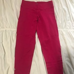 NUX V crop legging hot pink size small